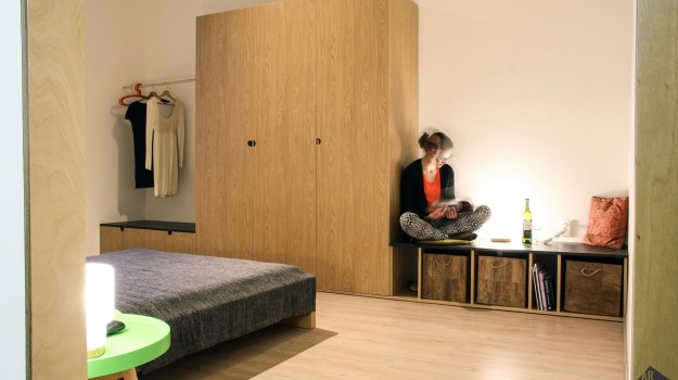 interier-bytu-rekonstrukcia-bratislava-stare-mesto-jednoduchy-dizajn-spalna-satnik-15