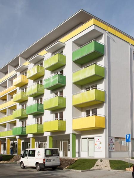 bytovy-dom-colorhouse-1-topolcany-01